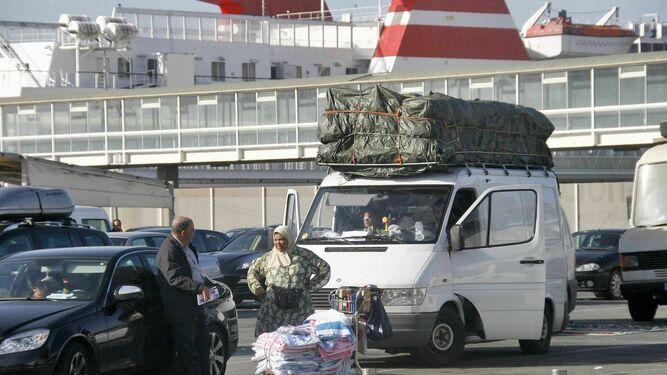 Consejos de seguridad para poder portar carga muy pesada en un auto con remolque