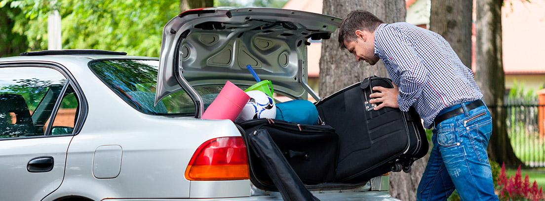 Cómo asegurar correctamente la carga que llevamos en el vehículo para evitar que salga disparado