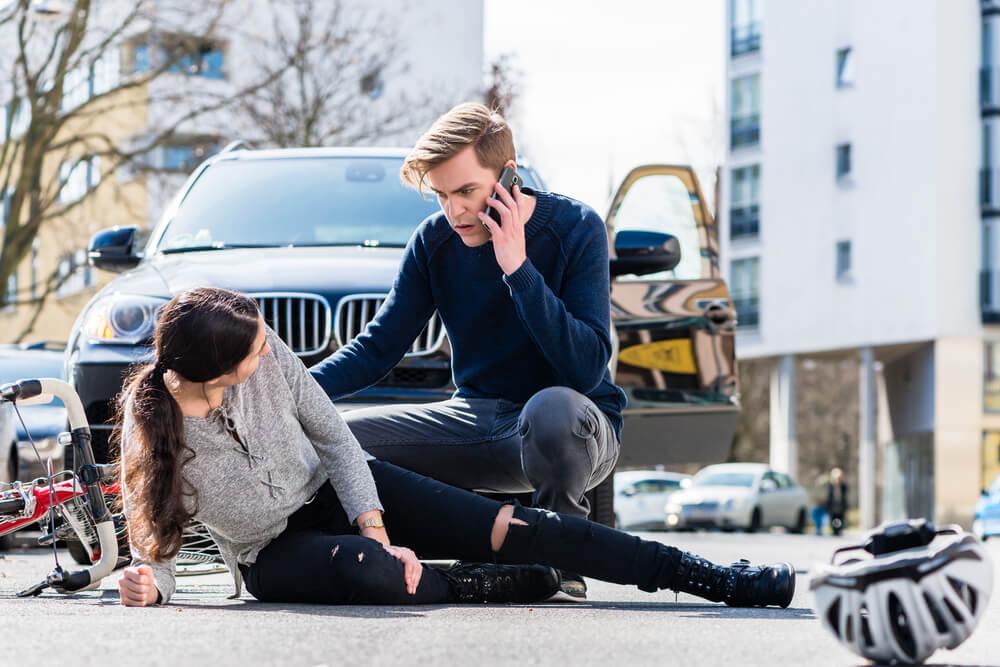 Cómo actuar si vemos o sufrimos un accidente de tránsito avisando a las autoridades