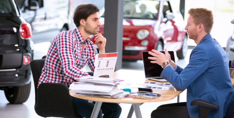 Alternativas de pago para financiar un automóvil en Chile con crédito o tarjeta de crédito