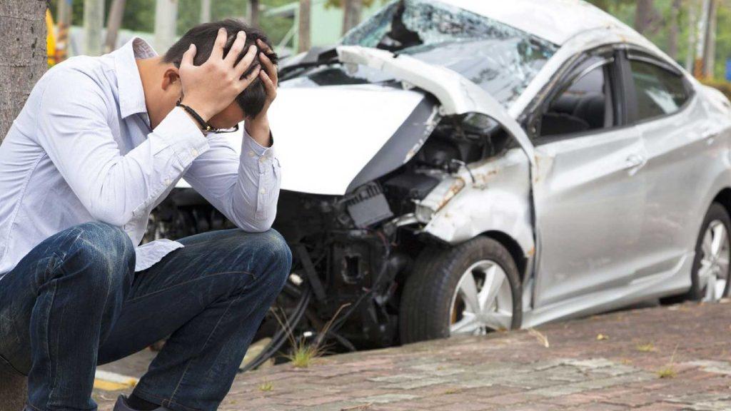 Cómo saber si un auto fue chocado y está dañado en su interior antes de comprarlo