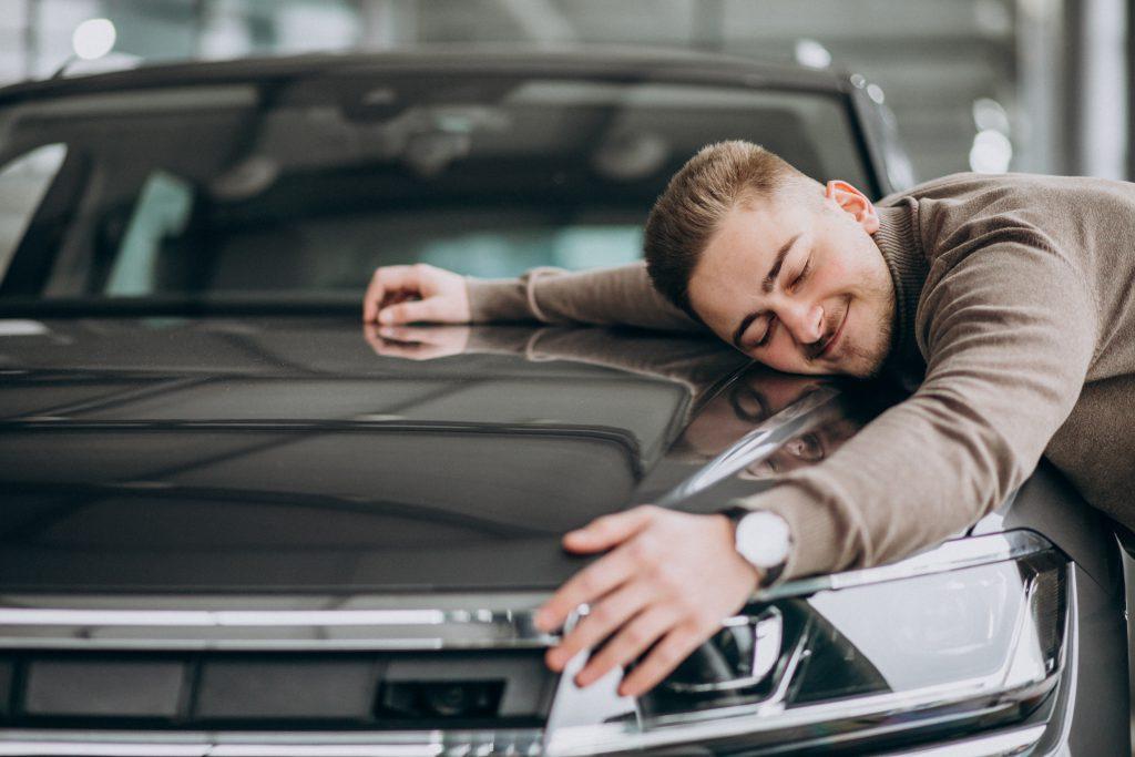 Cómo averiguar en el Registro Civil quién es el dueño de un vehículo antes de comprar