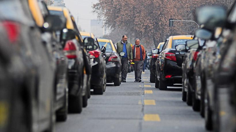 ¿Cómo ser chofer de taxi en Chile y requerimientos y exigencias legales para el conductor