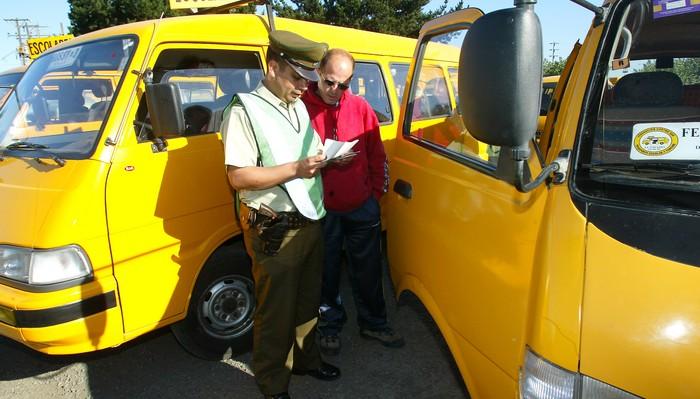Quién puede manejar un furgón escolar en Chile