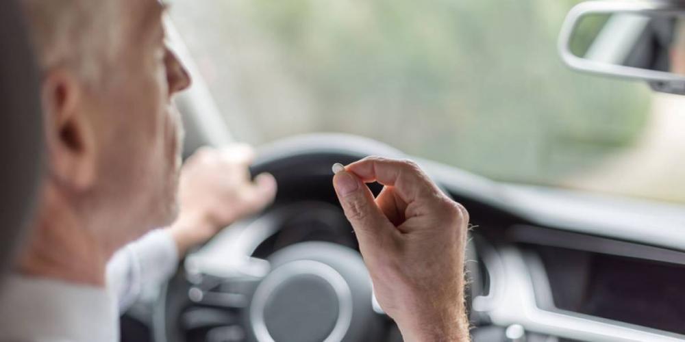 Error del conductor al conducir sin conocer los efectos secundarios de los medicamentos