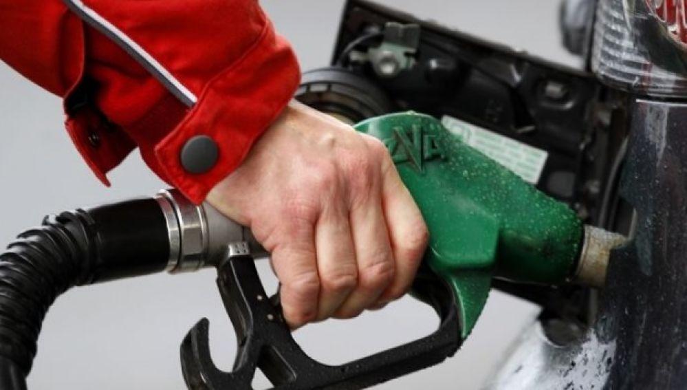 Trucos para ahorrar combustible en el vehículo y reducir así los gastos del vehículo