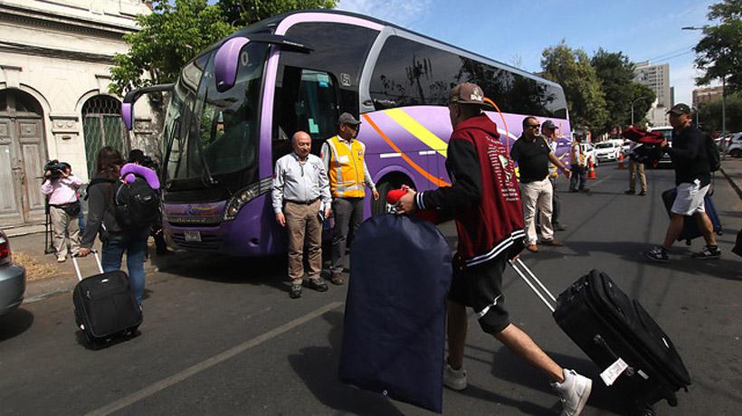 Cómo contratar un servicio de bus para viajes privados
