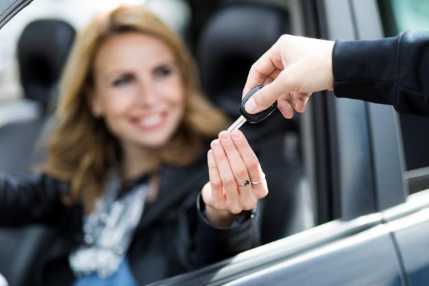 Quien debe pagar los costes de realizar el trámite de transferencia de un auto en Chile