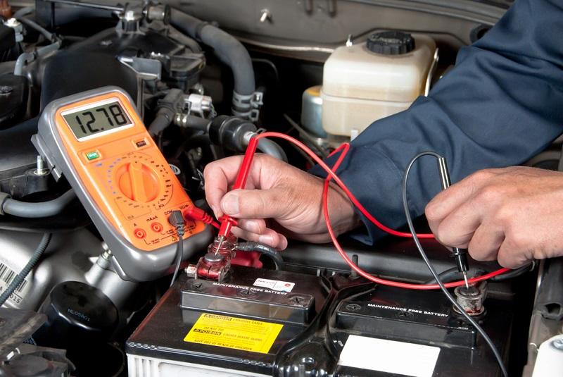 Cuánto tiempo de inactividad tiene un auto antes de que se descargue su batería
