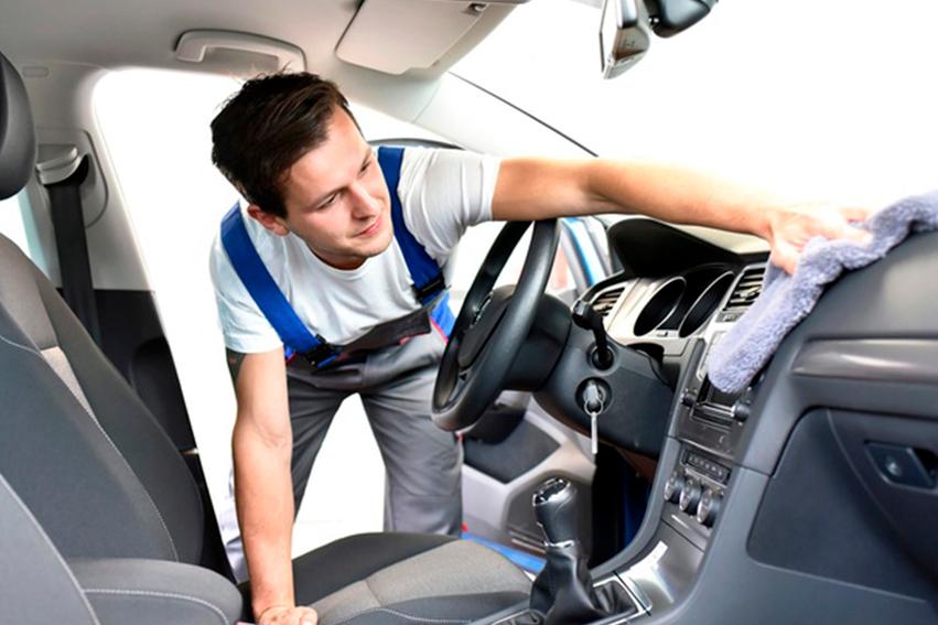 Trucos y consejos para la limpieza y desinfección del auto en caso de Coronavirus