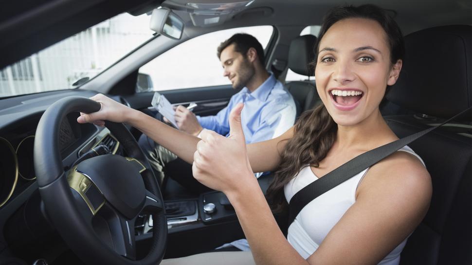 Profesor de manejo más adecuado para recibir clases prácticas de conducción
