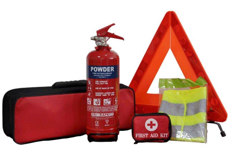 Elementos para la seguridad del auto como el extintor, el chaleco reflectante o el triángulo