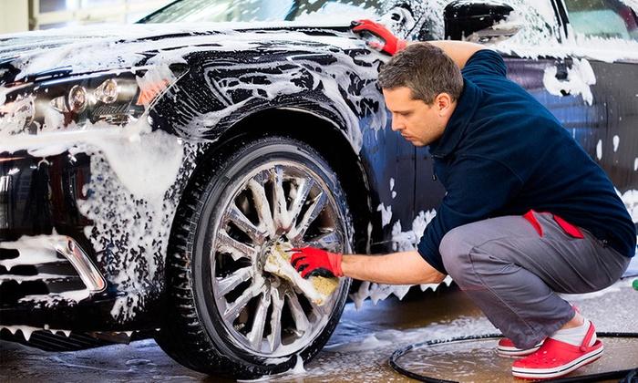 Cómo lavar el auto o cualquier otro vehículo para evitar errores con el jabón y la esponja
