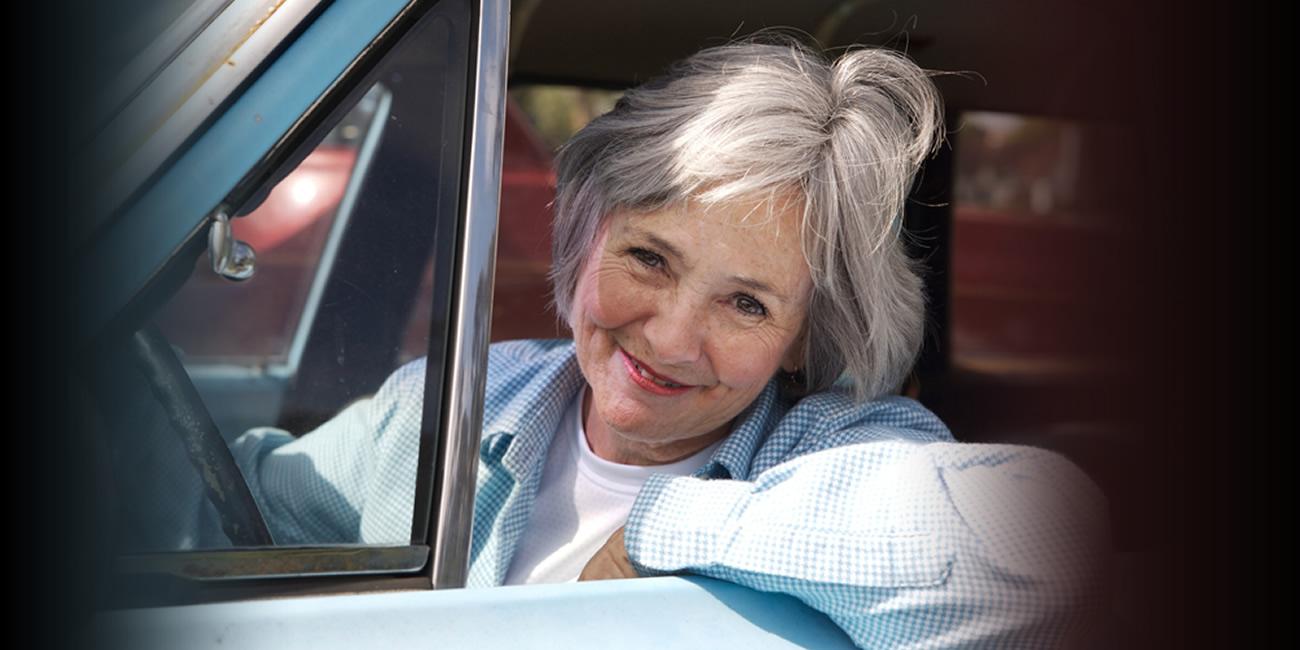 Descuentos en el precio del curso de conducción para obtener una licencia para adultos mayores