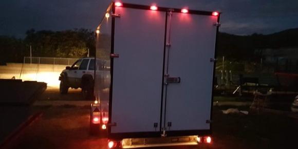 Las luces de trocha obligatorias para vehículos de más de dos metros de anchura