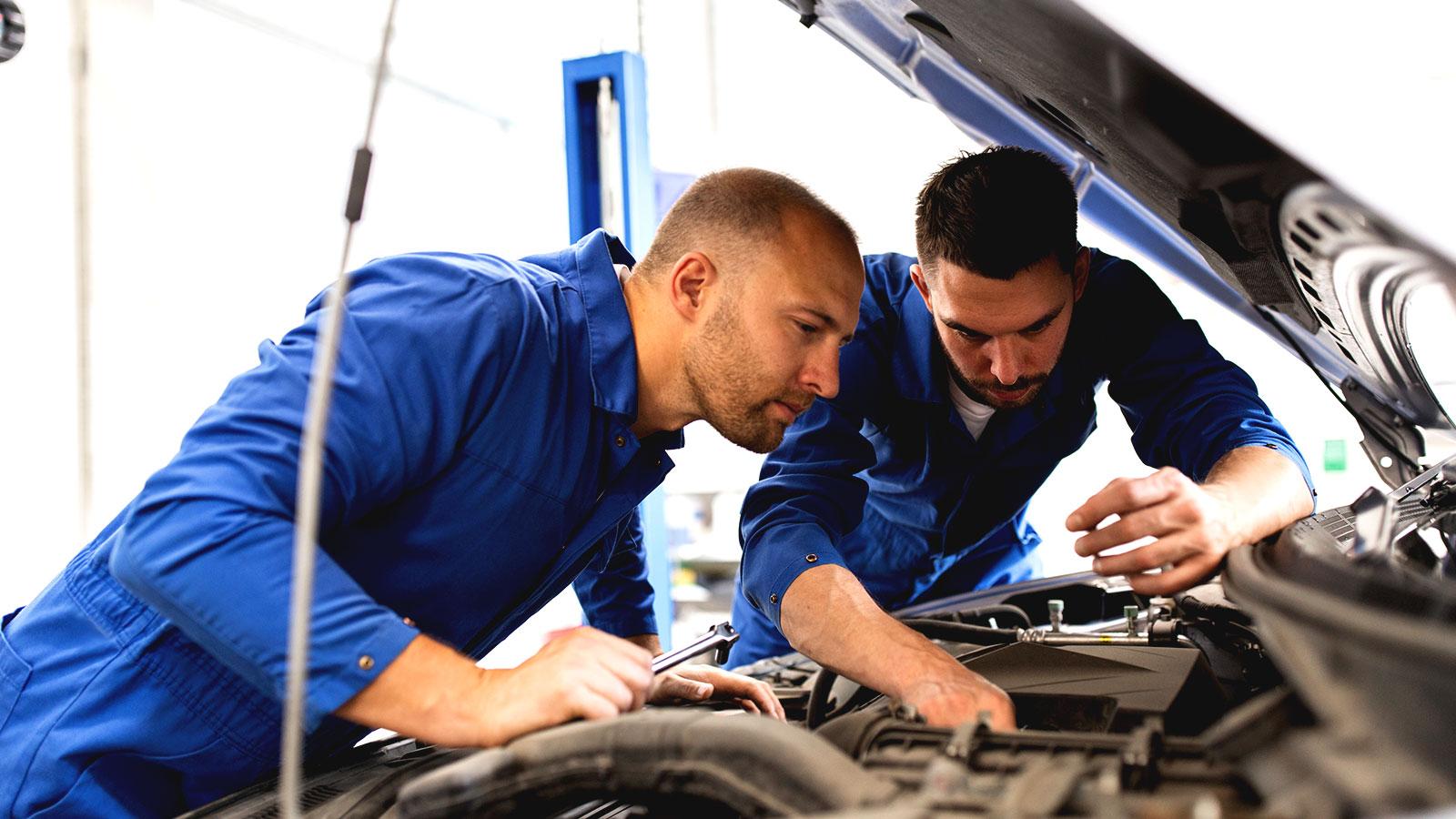 Qué tareas entran en el mantenimiento preventivo de un vehículo y quién debe seguirlas