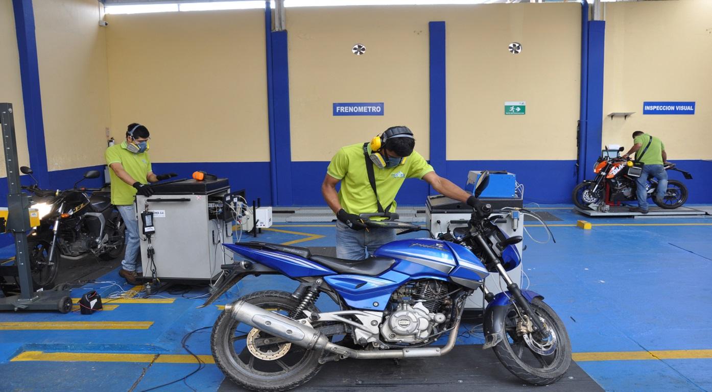 Costo y lugar dónde se puede superar la revisión técnica de una moto y documentos
