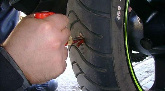 Reparar rueda del vehículo vulcanización