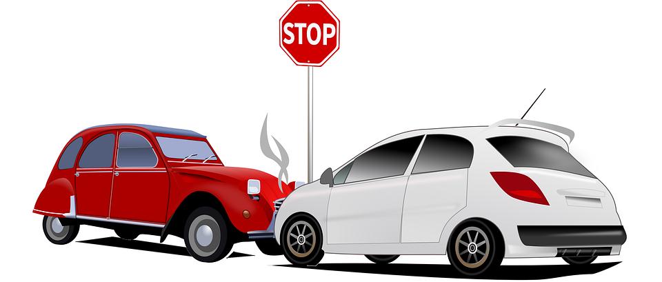 Motivos por los que el seguro de un vehículo no cubre daños en disturbios y actos vandálicos