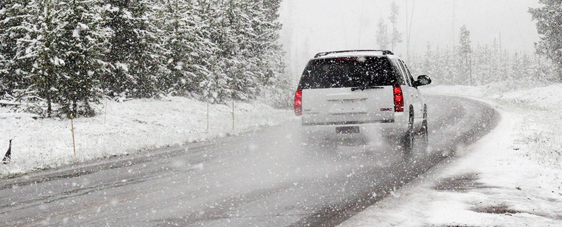 Precauciones en neumáticos, frenos y anticongelante cuando manejamos con nieve