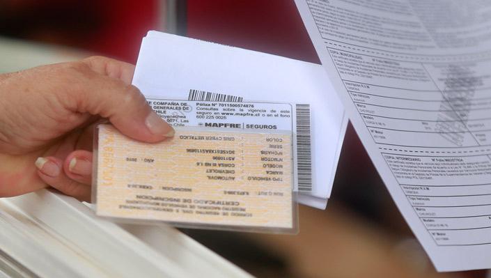 Cómo solicitar que mis deudas del permiso de circulación prescriban de forma legal.