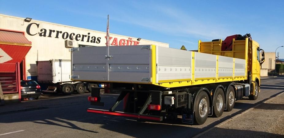 Multas y sanciones por no llevar la carga correctamente colocada en un camión