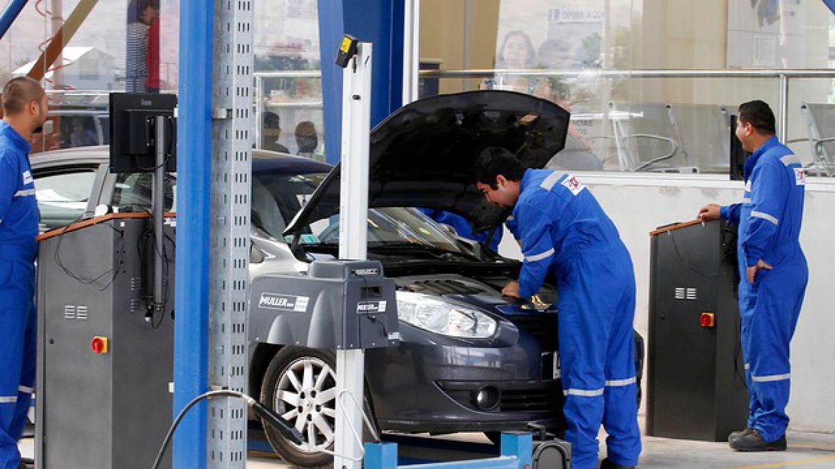 Qué pruebas se realizan en la revisión técnica vehicular en las plantas Chilenas en 2019