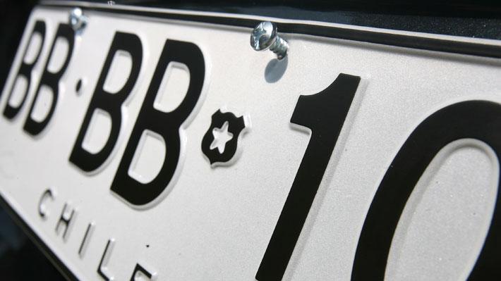Qué sucede si nuestro vehículo no lleva su placa patente que lo identifique debidamente