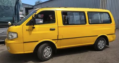 Cómo asegurar un vehículo que realice servicios de transporte de pasajeros privados