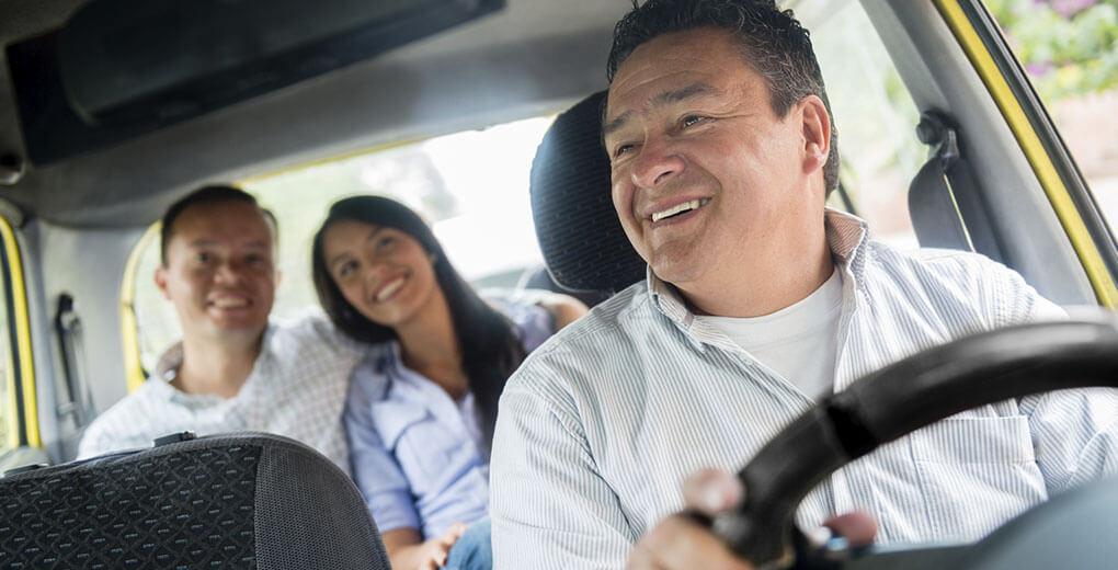 Licencia de conducir profesional de tipo A1 para manejar taxis en las vías chilenas