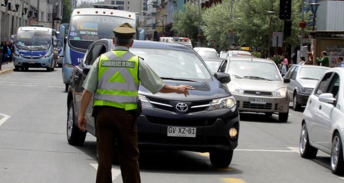 Infracciones menos graves y graves que recibirás por estacionar mal tu vehículo