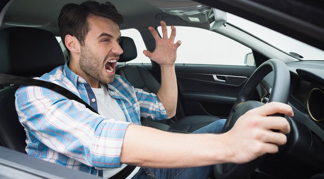 Conductor irresponsable y con fatiga que propicia la agresividad