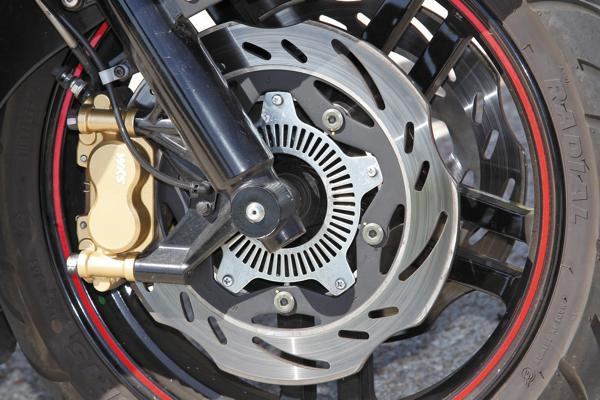 Freno motocicleta automática mecánico o hidráulico
